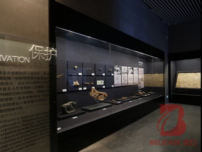 文物展柜M061