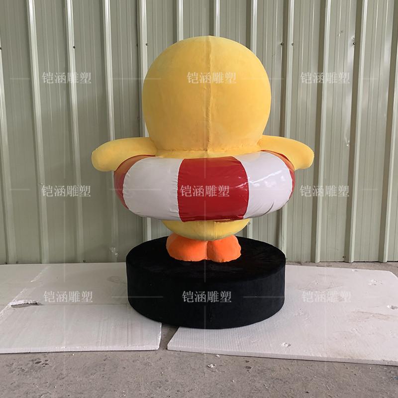 植绒泡沫雕塑鸭子摆件定制