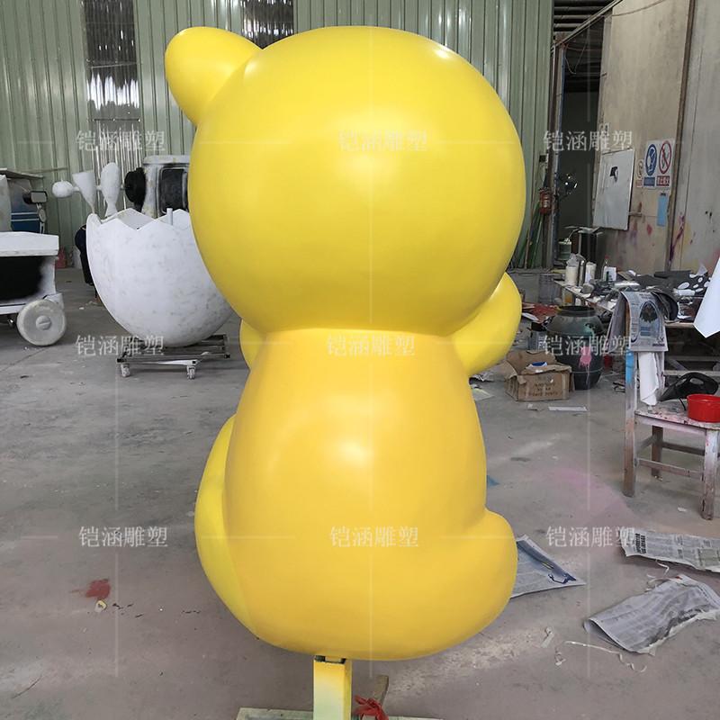 玻璃钢黄色大眼仔雕塑定做
