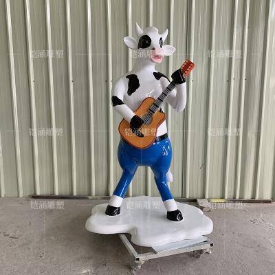 玻璃钢吉他奶牛雕塑定做