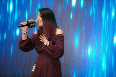 F Vocalist