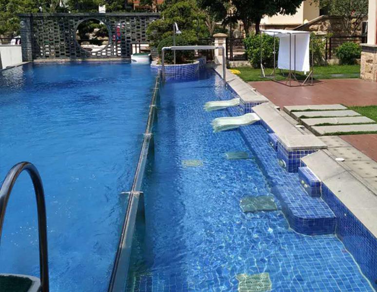 新塘私家别墅游泳池