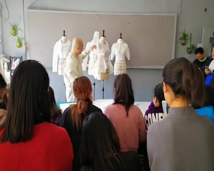 服裝設計培訓系列化開發坯樣