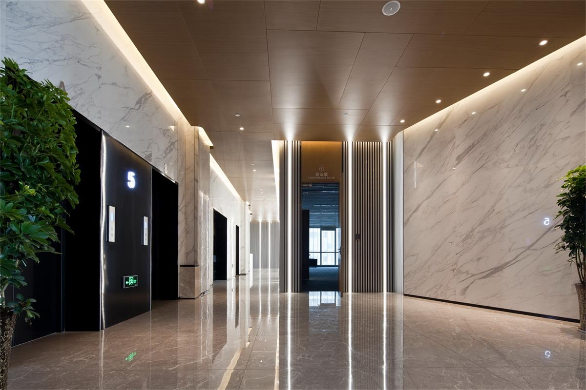 信息產業園項目二樓電梯廳