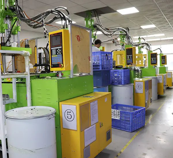 Dual injection production room