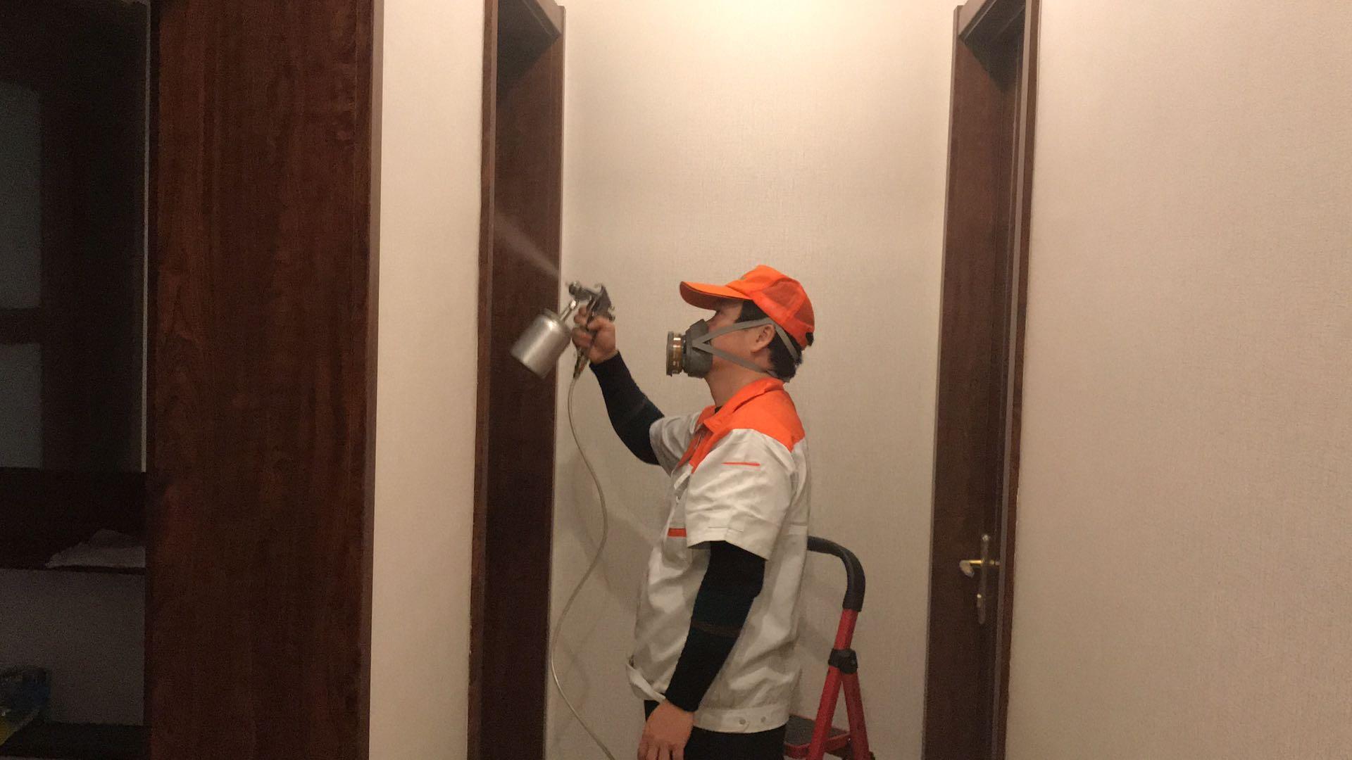 茂名甲醛检测工程师为碧桂园天汇业主刘先生进行新房甲醛检测