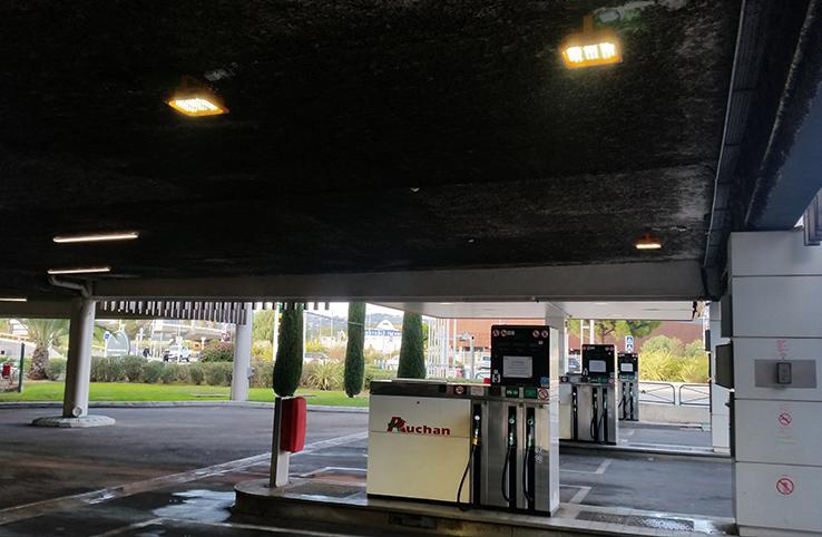 France Gas Station