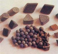 供应研磨机磨料去毛刺抛光棕刚玉研磨石,抛光磨料
