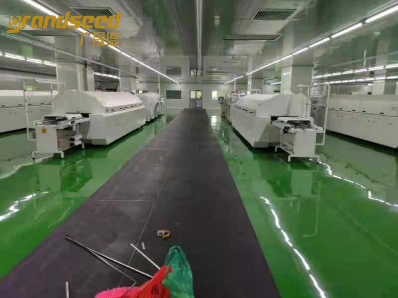 LED自动生产设备调试