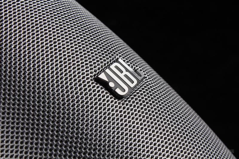 JBL音响商标应用2