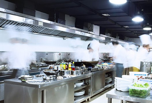 不锈钢厨具设备怎样保养?