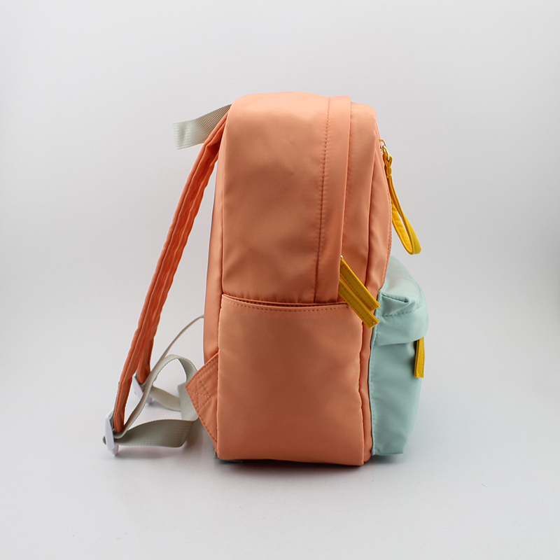 女童马卡龙撞色尼龙背包.童包,大款