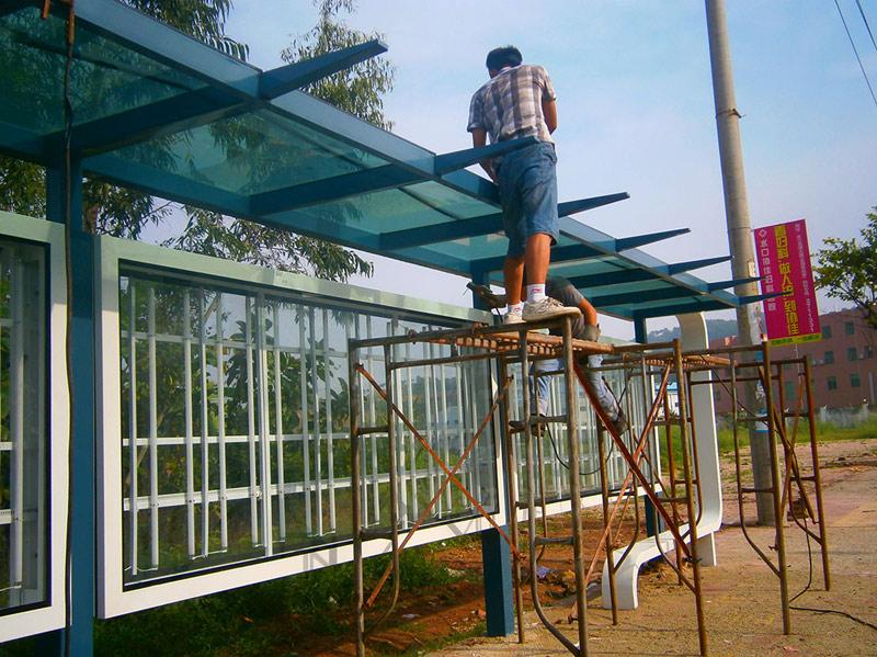 12年4月惠州市高新区公交站台灯箱