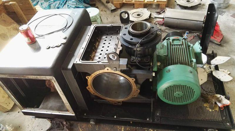 莱宝单级旋片真空泵维修SV630B