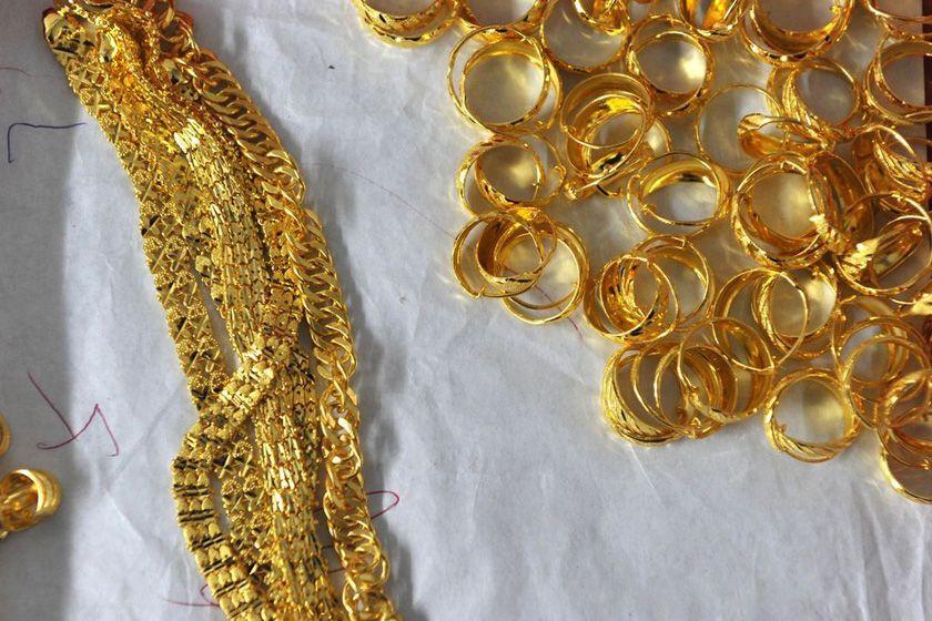 黄金回收价为什么比金店购买价...