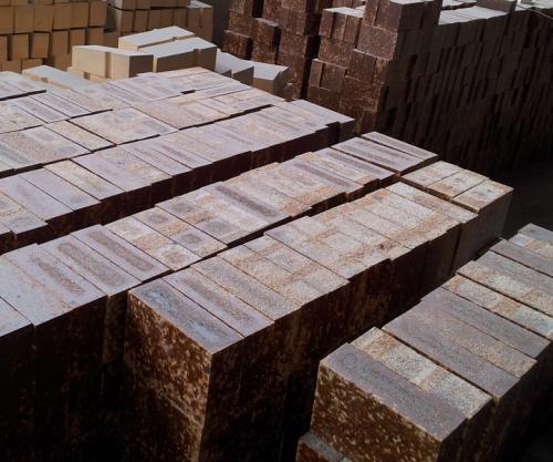 石灰窑用镁铝尖晶石砖的试验研...