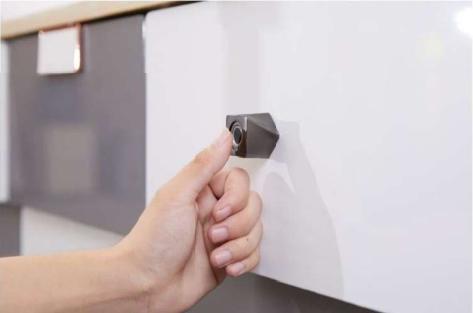 德国原装进口路福芬妮智能锁极简时代指纹拉手一体电子带LED灯指纹抽屉锁