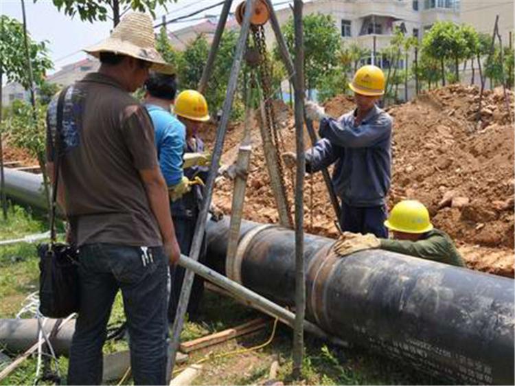 河南亚伟市政工程有限公司DN1400防腐