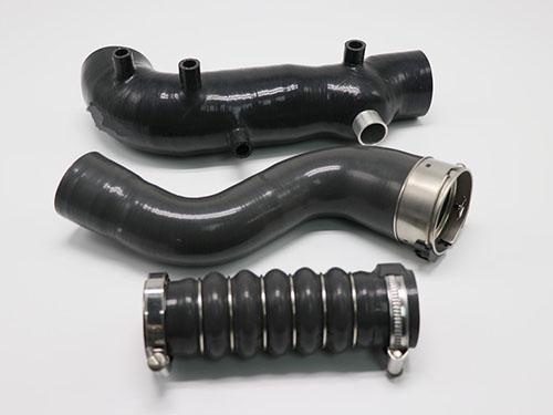 汽车硅胶管在汽车上的应用以及作用