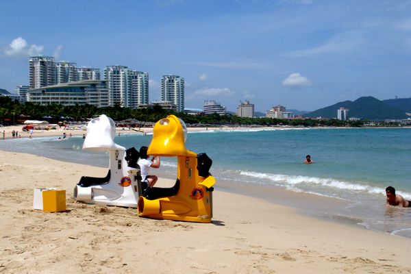 Hainan walrus diving motorcycle used on the beach