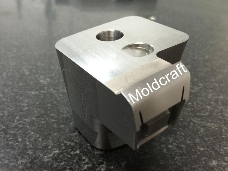 MCA013