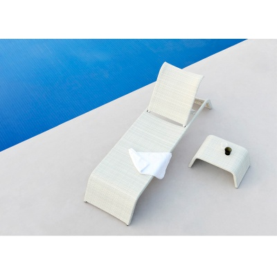 HXL-T127 Modern design rattan sun lounger chaise furniture swimming pool outdoor lounge chairs
