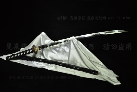 信浓鹈首造武士刀-百炼钢烧刃