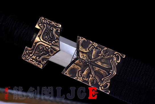 新饰纹八面汉剑-百炼花纹钢