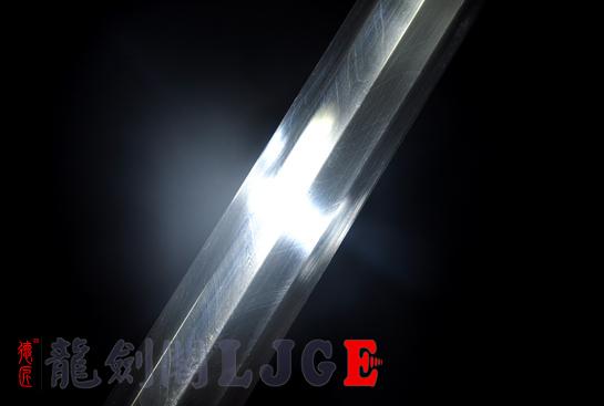 八面银龙剑-羽毛钢