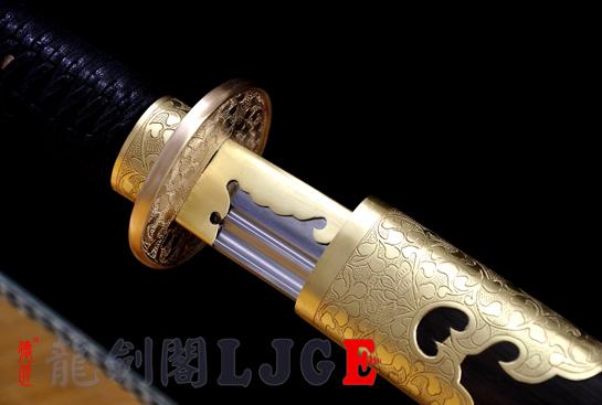 平雕斩马刀-百炼钢烧刃