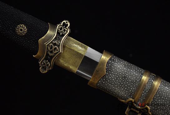 短款简装唐刀-百炼钢烧刃