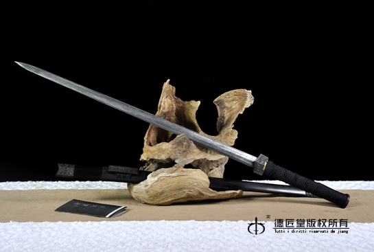 名剑—崩剑-秘制百炼钢
