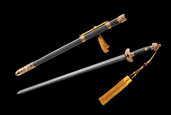 上品齐福剑-扭转百炼钢