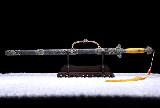 康熙佩剑-纯银限量版-自炼钢-仕上研磨