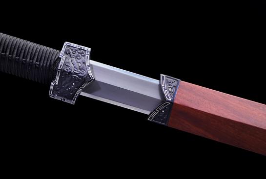饕餮纹铁装错银汉剑-尊享版-扭转百炼钢-铁雕嵌银丝-血檀鞘