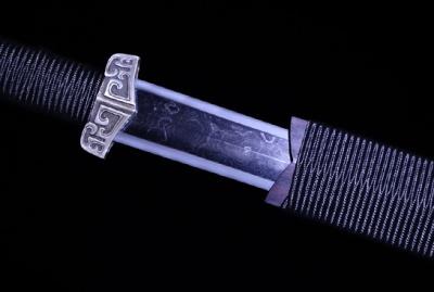 龙渊单手汉剑-夹钢(三枚合)-草钢-纯银手工雕-紫檀木鞘