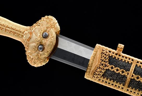 豪华收藏系列之永乐剑-典藏版-草钢-毛铁-手工雕刻镀金-镶嵌陨铁(眼睛)
