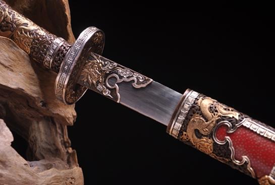 乾隆佩刀-百炼钢烧刃