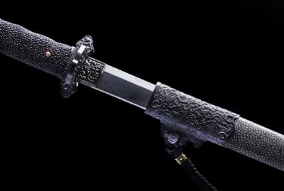 铁雕唐样大刀-经典版-草钢-毛铁-铁雕嵌银丝(夹钢复合)