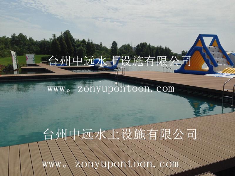 四川某公園配套高檔泳池正式投入使用