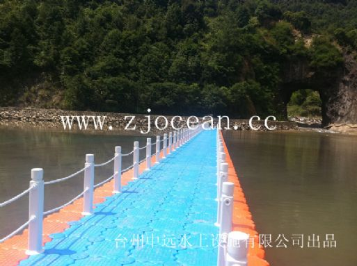 金华某景区水上浮桥