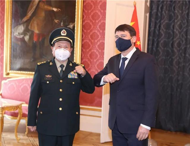 Hungarian President Áder met with Chinese State Councilor and defense minister Wei Fenghe