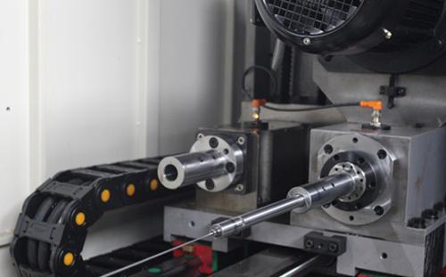 深孔钻削加工的优点及缺点的说明