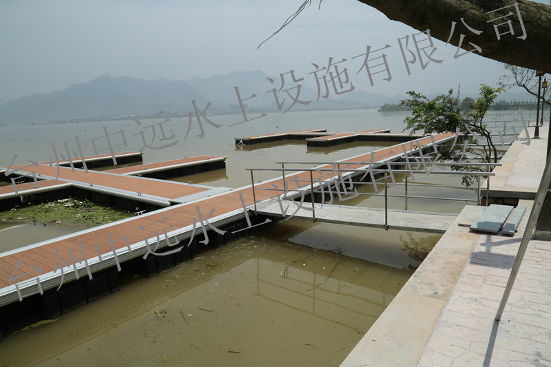 A resort wharf in zhejiang