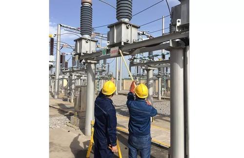 What are the operating requirements of the transformer cooling device