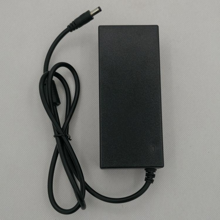 15V6A电源适配器