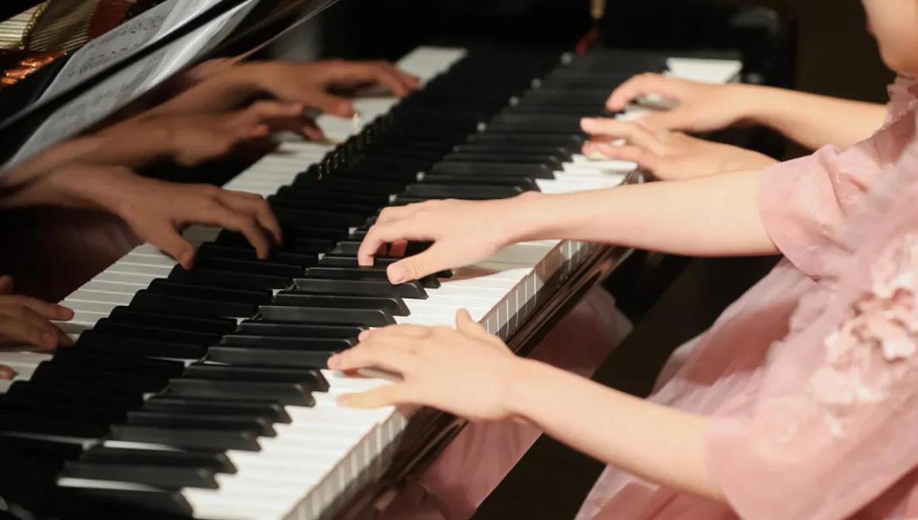 斯坦梅尔钢琴大师盛典:田佳鑫携手南京优秀师生演绎钢琴盛会
