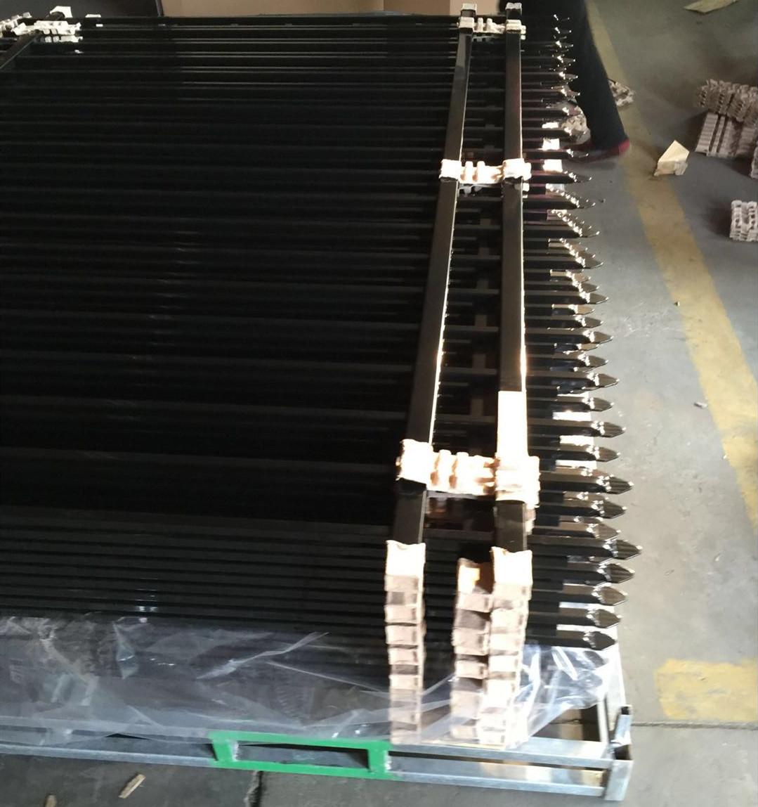 Iron Aluminum Deck & Stair Post (Black)