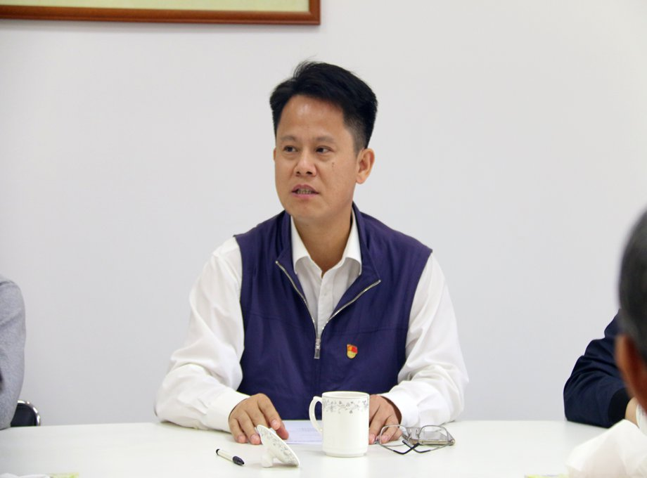 政企合力,共谋发展----王勇区长到访容桂总商会调研座谈