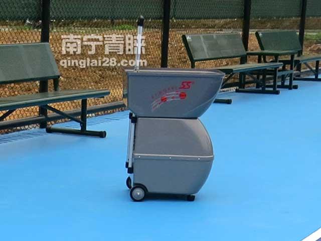 网球发球机B